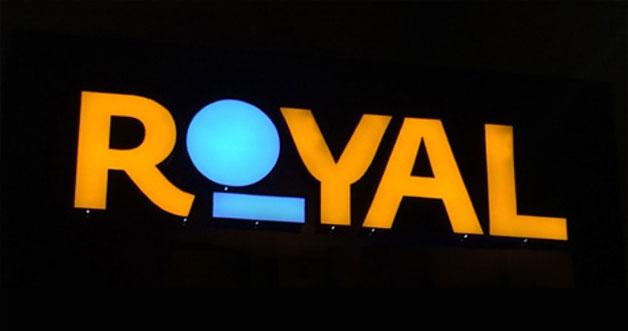 royal_banner